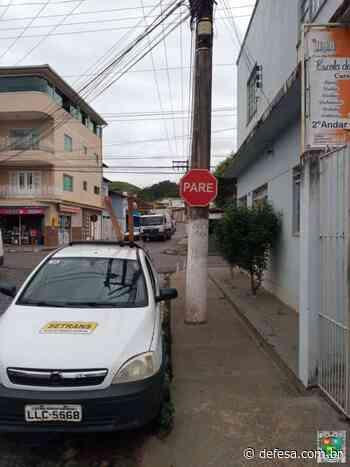 Setrans implementa e revitaliza sinalização no Centro de Bom Jesus do Itabapoana - Defesa - Agência de Notícias