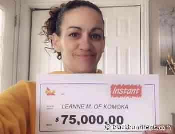 Komoka woman wins $75k top prize on scratch ticket - BlackburnNews.com