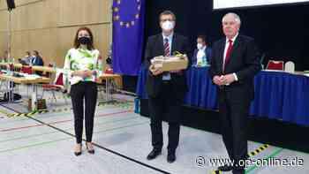 Konstituierende Sitzung in Maintal: Martin Fischer (CDU) ist neuer Stadtverordnetenvorsteher - op-online.de