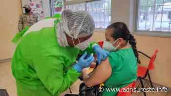Avanza vacunación a docentes de la región del Istmo de Tehuantepec (12:10 h) - ADNl sureste
