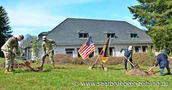 In der US-Gemeinde von Baumholder wurden Bäume am Earth Day gepflanzt - Saarbrücker Zeitung