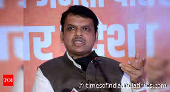 Some key Maharashtra ministers diverting oxygen, Remdesivir: Fadnavis