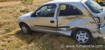 Colisão entre carro e caminhonete deixa mulher ferida em Siqueira Campos - Folha Extra