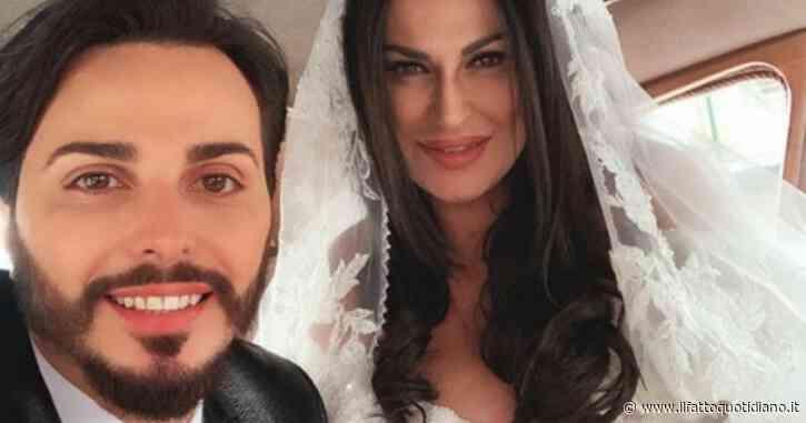 Napoli, il cantante neomelodico Tony Colombo non rispetta il coprifuoco: multato insieme alla moglie Tina Rispoli