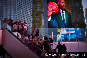 Vegas hitting jackpot as pandemic-weary visitors crowd back