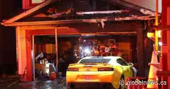 Early morning fire guts garage of McKenzie Lake home - Global News