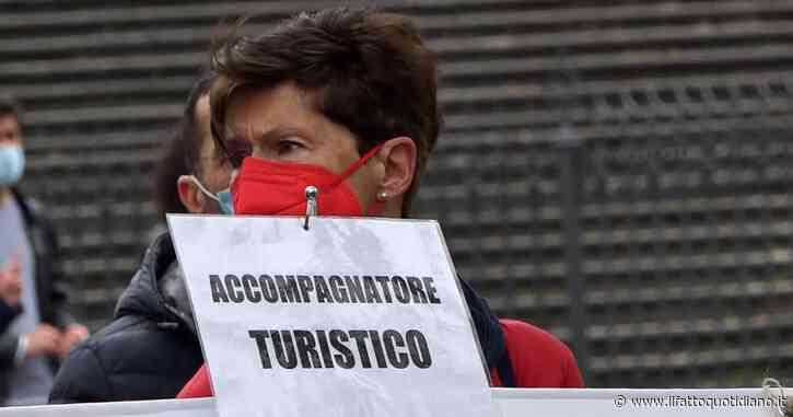 """Lavoratori del turismo in piazza a Roma: """"1 maggio? Quest'anno per noi è una giornata triste. Viviamo una crisi nera, senza alcuna garanzia"""""""