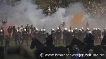 Bois de la Cambre: Wieder Massentreffen in Brüsseler Stadtpark eskaliert