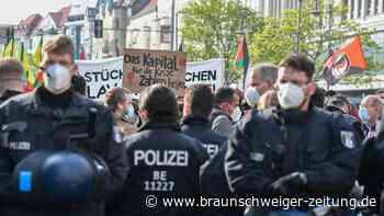 """1.-Mai-Demos in Berlin zunächst """"weitestgehend ruhig"""""""