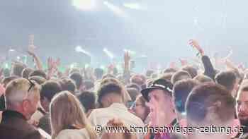 Party wie vor der Pandemie: Tausende tanzen in Liverpool