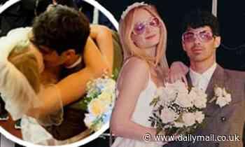 Sophie Turner shares unseen photos of her and Joe Jonas'Las Vegas wedding on their anniversary