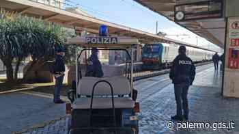 Trovato alla stazione di Palermo con 15mila euro nel trolley, nigeriano denunciato - Giornale di Sicilia