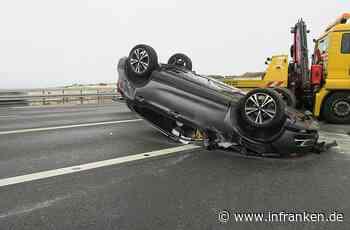 Ebersdorf: Unfall auf Kreuzung - Auto überschlägt sich - inFranken.de
