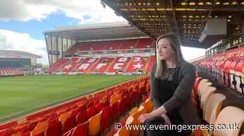 Aberdeenshire folksinger's voice becomes soundtrack to hopeful Aberdeen fans - Aberdeen Evening Express