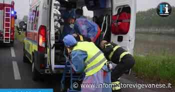 Vigevano, finisce con l'auto in un fosso: anziano ferito - Informatore Vigevanese
