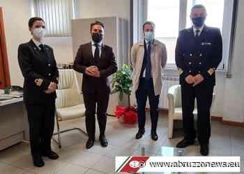 Visita del Capitano Minervino all'Ufficio Circondariale Marittimo di Giulianova - Abruzzonews