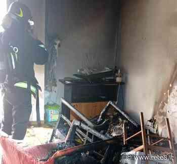 Martinsicuro: appartamento in fiamme, intervengono i Vigili del Fuoco - Rete8