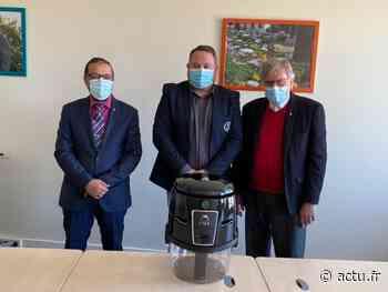 Crégy-lès-Meaux : une entreprise offre un purificateur d'air à l'école du Blamont - La Marne