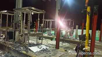 Manifestantes dañaron los peajes de Tarapacá 1 y 2 - La Patria.com