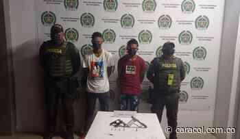 Capturaron a alias 'Viña' y 'Poquitico' con armas de fuego en Magangué - Caracol Radio