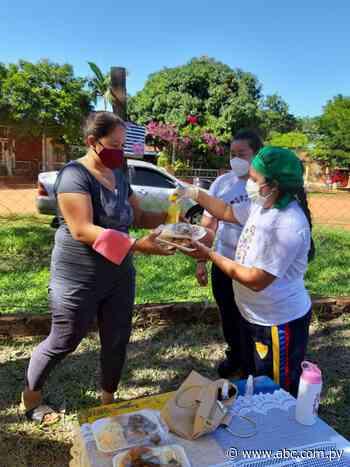Docentes entregaron plato de comida a sus alumnos en Villa del Rosario - Nacionales - ABC Color