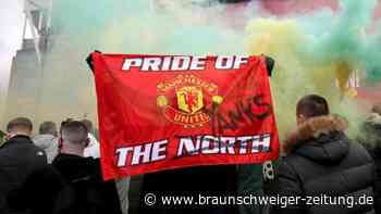 Premier League: United-Fans stürmen Platz - Spiel gegen Liverpool verschoben