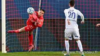 Ligue 2 (J36) : Le SM Caen et l'AJ Auxerre se neutralisent à D'ornano (0-0) - France Bleu