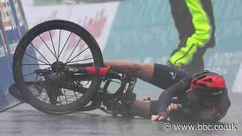 Tour de Romandie: Geraint Thomas stays second despite late crash on stage four
