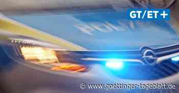 Uslar: Anhänger prallt gegen Hauswand – Unfallverursacher flüchtet - Göttinger Tageblatt