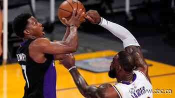 Lowry, Siakam's offensive outbursts lead Raptors past Lakers