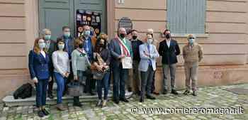 Longiano: inaugurati i nuovi cartigli in italiano e inglese - Corriere Romagna