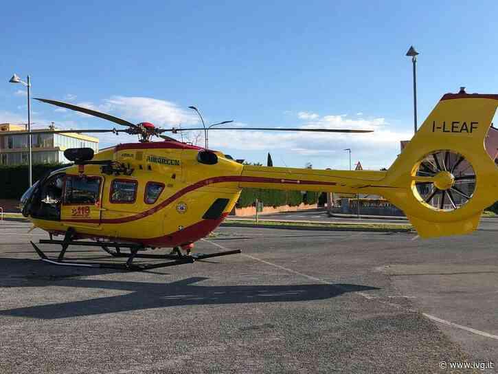 Varazze, bimbo di 4 anni precipita per tre metri e cade sugli scogli: trasferito in elicottero al Gaslini - IVG.it