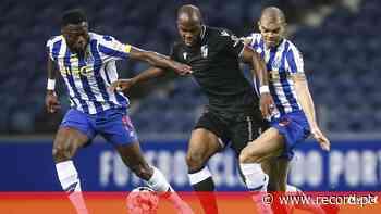 Defesa de gala do FC Porto regressa para o clássico - Record