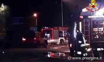 Auto in fiamme, tre feriti - La Prealpina