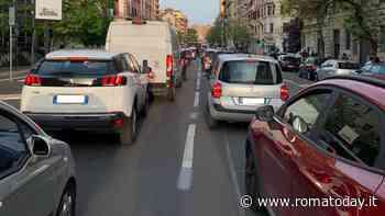 San Giovanni, sparite le modifiche annunciate dalla sindaca: la viabilità resta caotica