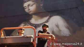 Next A Lonate Pozzolo un murales firmato Ravo. Sarà un Leonardo da Vinci - malpensa24.it