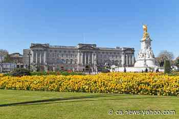 Buckingham Palace 'would cost more than £2.5m to rent each month' - Yahoo News Canada