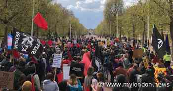 Live updates as hundreds of Kill the Bill protesters march on Buckingham Palace - MyLondon