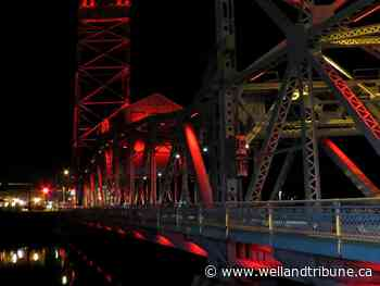 Welland's Main Street Bridge to be lit red Tuesday to honour firefighters - WellandTribune.ca