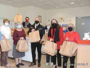 Distribution de plats chauds pour 54 familles bénéficiaires - La République du Centre