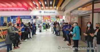 Port-de-Bouc, les travailleurs de Carrefour mènent un double front - Journal La Marseillaise