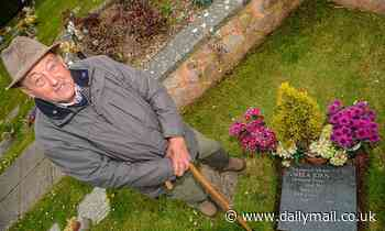 Shocked friends spot neighbour, 85, in street after reading his obit in local paper