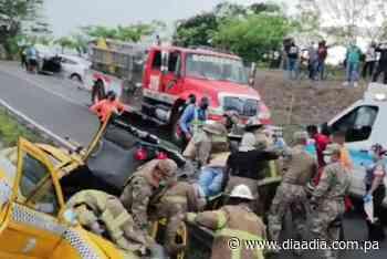 Colisión múltiple en Puerto Caimito, varios heridos - Día a día