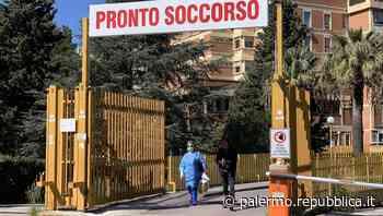 """Palermo, donna in coma con lividi e traumi. Il compagno: """"E' caduta dalle scale"""" - La Repubblica"""
