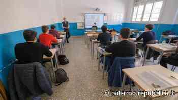 Palermo, da domani in classe tre quarti degli alunni delle scuole superiori - La Repubblica