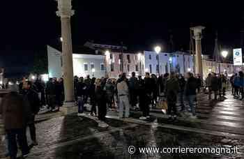 Cesenatico: denunce e multe alla camminata contro il coprifuoco - Corriere Romagna