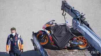 Gp di Spagna: Marquez cade anche nel warm up, moto distrutta - Rai Sport