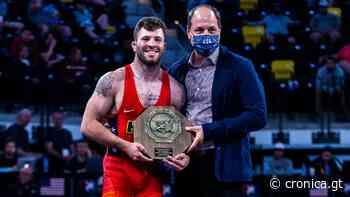 Jaydin Eierman y Taylor Lujan ganan títulos nacionales senior - cronica.gt