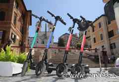 Roma: nuovi parcheggi riservati per monopattini e biciclette in centro città - Ferpress - ferpress.it