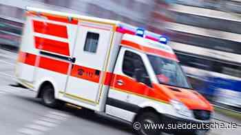 Radfahrer bei Zusammenstoß mit Motorrad schwer verletzt - Süddeutsche Zeitung